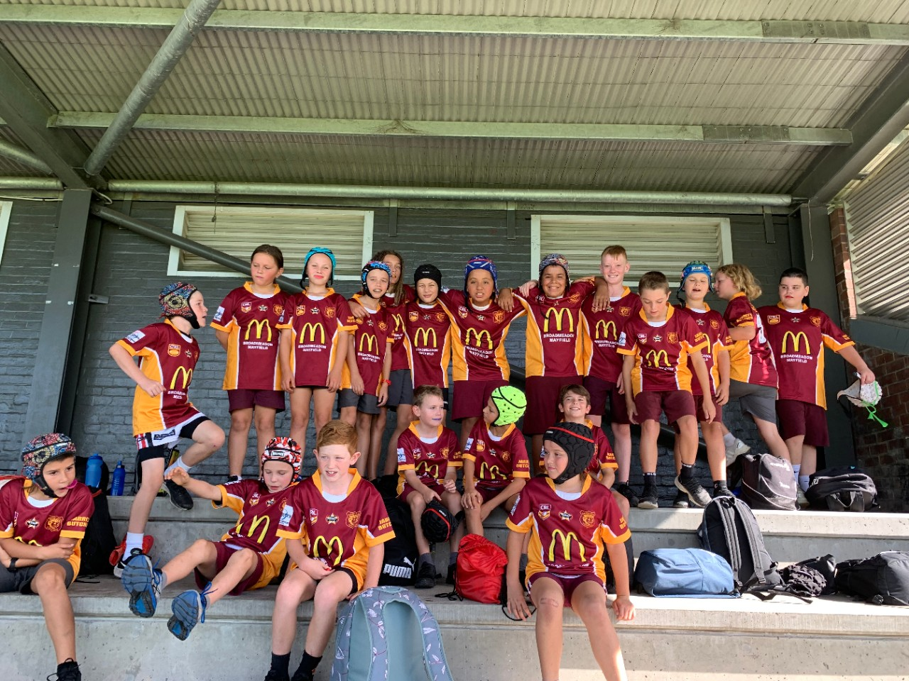 The Waratah Public School Rugby 7's team preparing for their first game.